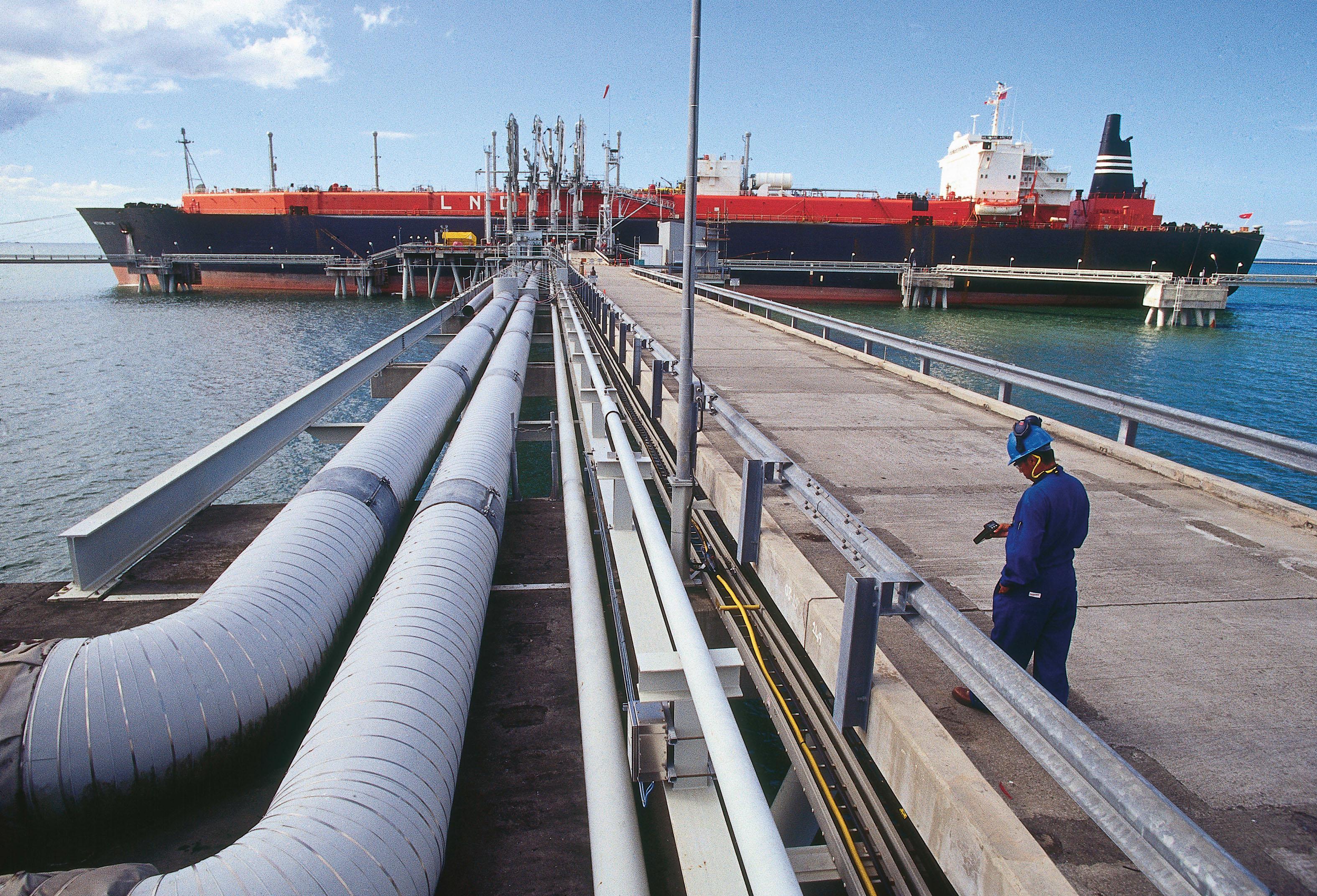 Argentina reanudará envíos de gas a Chile este año ICSLATAM.COM